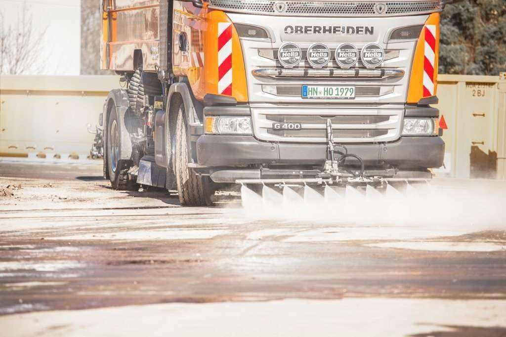 Saubere Straßen durch Oberheiden Strassenreinigung
